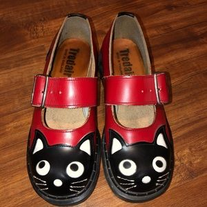 Shoes - Red and Black Tredair Mary Jane